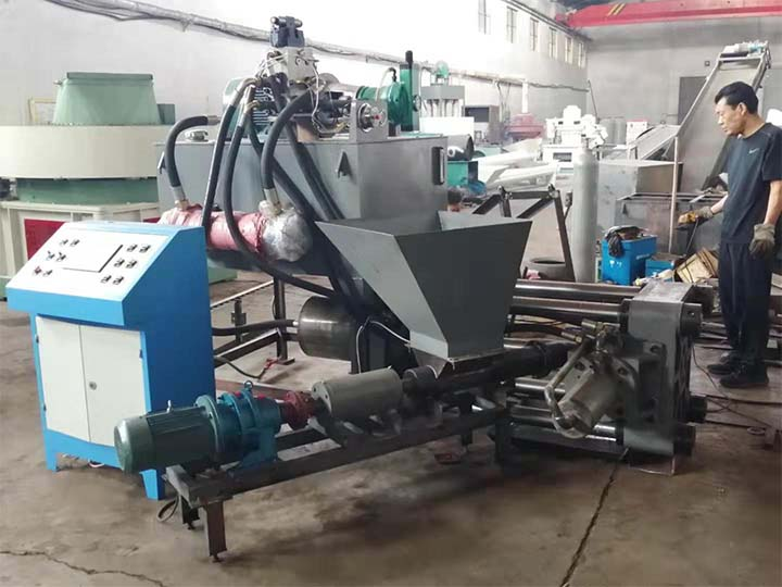 Brass briquetting machine