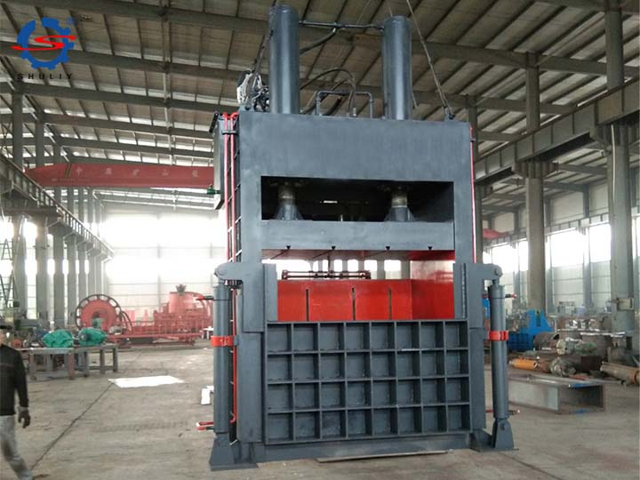 big capacity of the metal baler