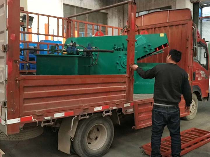 shipment-of-the-metal-cutting
